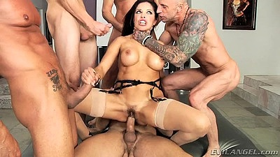 Naughty milf Francesca Le gang bang with anal and deep throat orgy