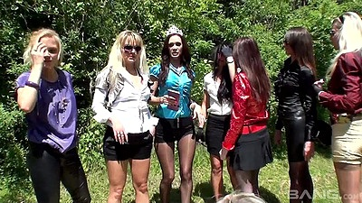 Jenna Lovely and Cynthia Vellons with Promesita outdoor getting wet girls