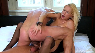 Appearing blonde double penetration thrusting from Stacy Silver