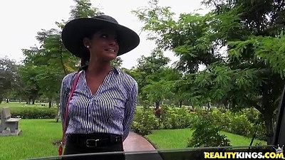Outdoor milf pick up from classy lady Michele