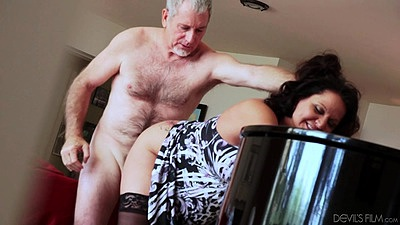 Standing fuck mature granny nailing up her dress from behind Leylani Wood