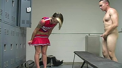 Locker room college cheerleader Ashton Pierce going down on guy
