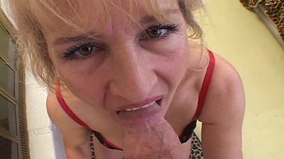 Close up view of daring mature pov sucking dick on her knees