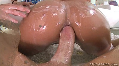 Very moist and leaky anal food stuffing Jynx Maze