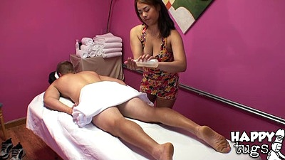 Massage cfnm asian Laci Hurst applying some oil