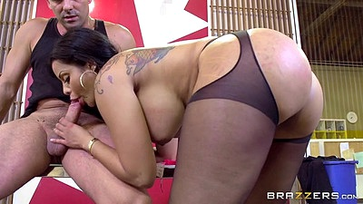 Office type blowjob with big butt busty Mary Jean