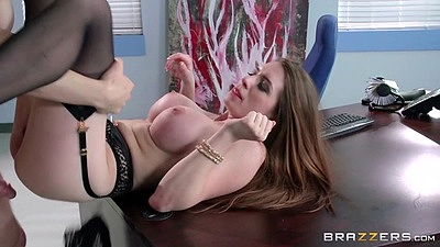 Office table redhead in her stockings entered Veronica Vain