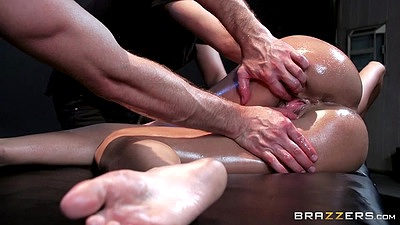 Skinny oil massage Peta Jensen with rough rough blind fold action