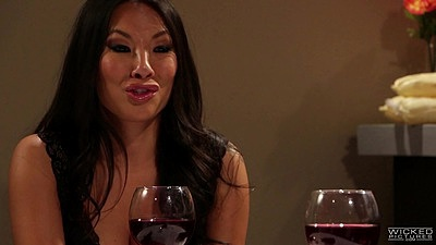 Asian milf Abigail Mac and Kleio Valentien having dinner and lesbian pussy eating