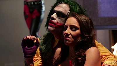 Zealous batman parody with horny girls Kleio Valentien and Aiden Ashley