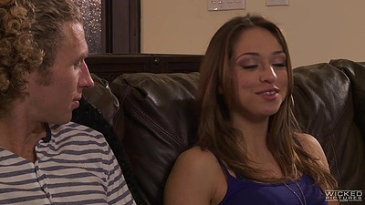 College Sara Luvv staring to make out with guy