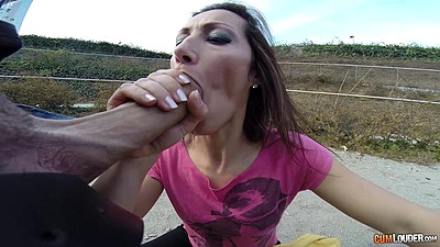 Corrupt fully clothed Jessica Hot giving a nice cock sucking outdoors pov