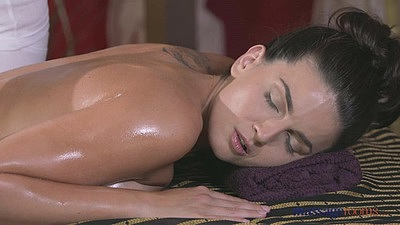 Two great looking babes Alexis and Cynthia get oiled and do massage
