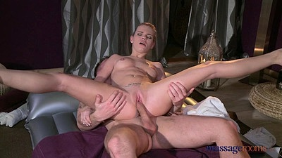 Temping female masseuse having sex with male Sofia