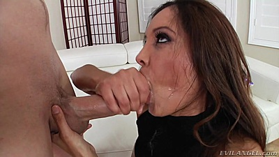 Enthusiastic Francesca Le loves to get laid