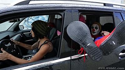 Dana Vespoli and Dana DeArmond taking a dive to fuck some clowns