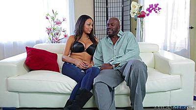 Ebony Bethany Benz having a non nude conversation in her bra