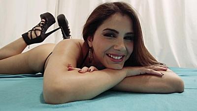 Kinky softcore taking with Valentina Nappi
