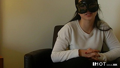 Diana Cu De Melancia is wearing a face mask since she is shy