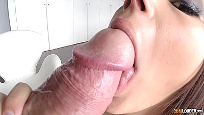 Dick sucking close up honey Valentina Nappi