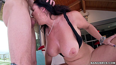 Deep throating Alison Tyler makes it wet and sloppy