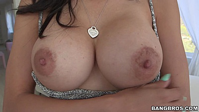 Solo close up nipple exposition Tia Cyrus