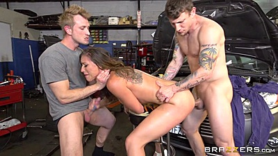 Rough sex private garage banging with Rilynn Rae