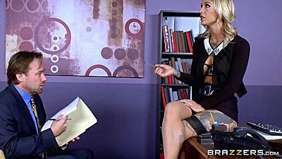 Kleio Valentien doing her seduction at the office