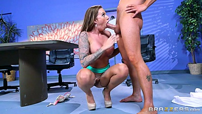 Busty latina Juelz Ventura squats to suck some dick in the office metting room