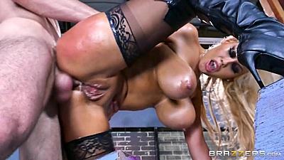 Anal standing fuck with Bridgette B enjoying her free anal