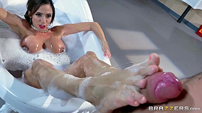 Sponge bath with sex feet milf Ariella Ferrera at doctors office