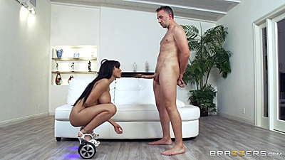 Futuristic hoverboard sucking with busty Luna Star