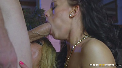 Huge dick college girl oral with cock sharing Tina Walker and Chelsey Lanette