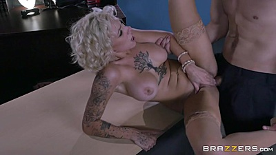 Office desk vagina entry with cumpulsive Harlow Harrison