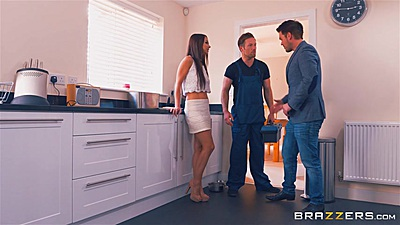 Miniskirt threesome with Taylor Sands acting naughty