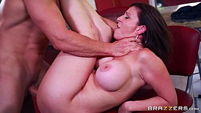 Filthy miami milf Sara Jay pussy rammed on kitchen stool