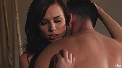 Making out with sensual getaway sex Aidra Fox