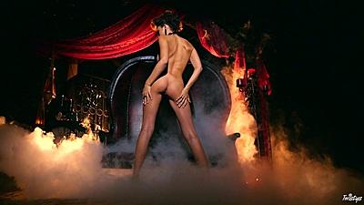 Luscious abbe Ariana Marie posing as the sexy vampire
