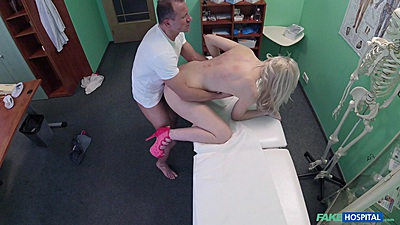 Fucked on the medical bed with skiny whore Lexi Lou