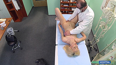 Pussy fingering as medical exam done on skinny blonde on hospital bed