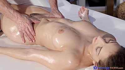 Oil massage and eating wet and oily spanish girl vagina with Jimena Lago
