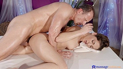 Oil massage sexual pleasure with Jimena Lago filled from the back