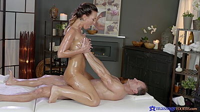 Oiled up and on cock with ecstasy fuck Alicia Wild