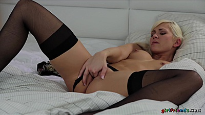Pussy moment in control with stockings small boobs blonde Tracy