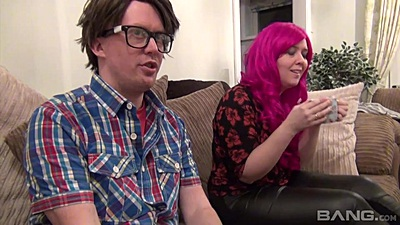 Amateur video with Bella Star and nerd perverts