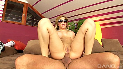 Anal reverse cowgirl sitting with sunglasses milf Bibi Noel