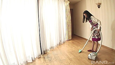 Asian housewife milf Kana Aizawa doing some house vacuuming