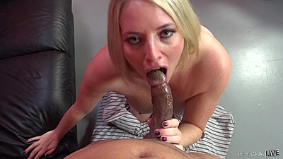 Maggie Green smiles and puts a nice black dick in her mouth