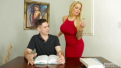Blonde milf Alyssa Lynn helping student get grades up