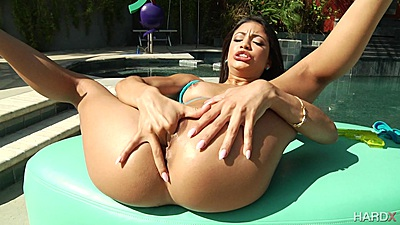 Squirting latina with small chest Veronica Rodriguez